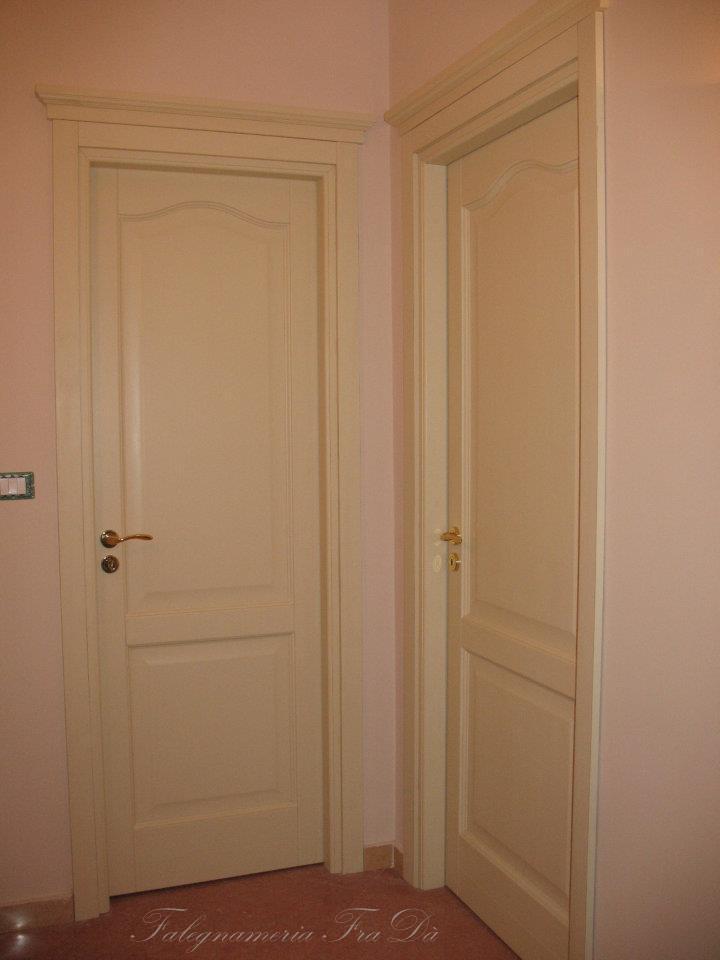 porte in legno massello - Falegnameria Fradà - falegname a palermo
