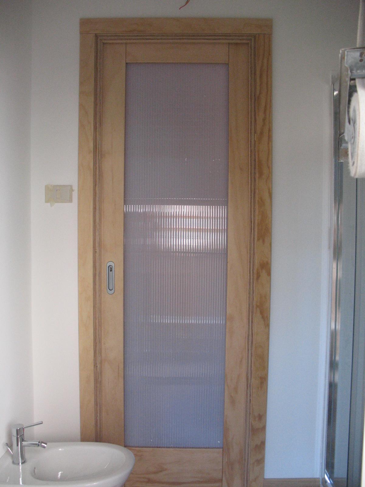 Porta scorrevole in fenolico falegnameria frad falegname a palermo - Porte a palermo ...