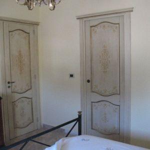 Letto tirolese falegnameria frad falegname a palermo - Porte decorate a mano ...