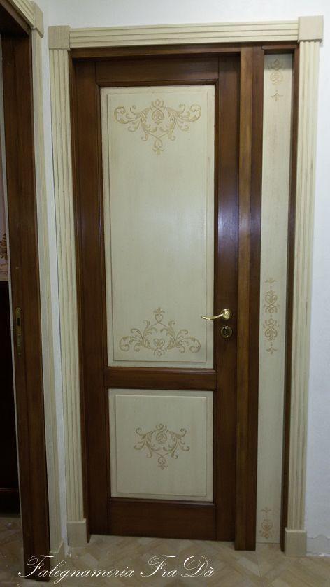 Porte in legno massello dipinte a mano