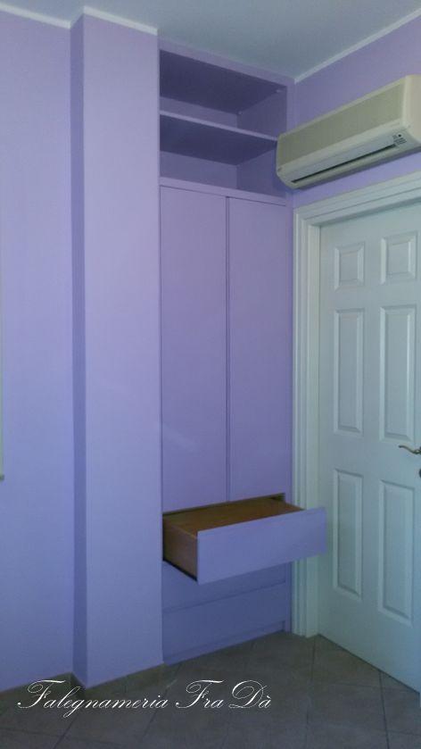 armadio amuro moderno particolare cassetti