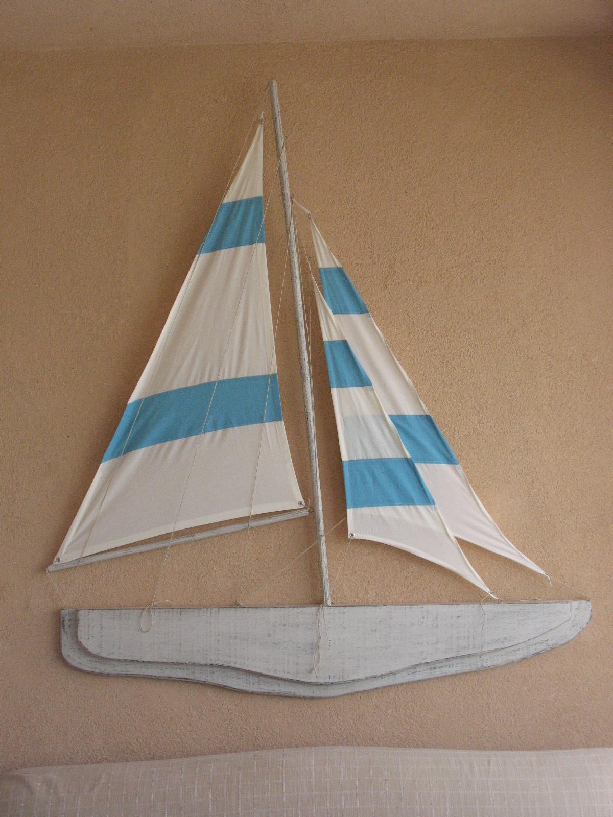 barca decorativa a parete in legno