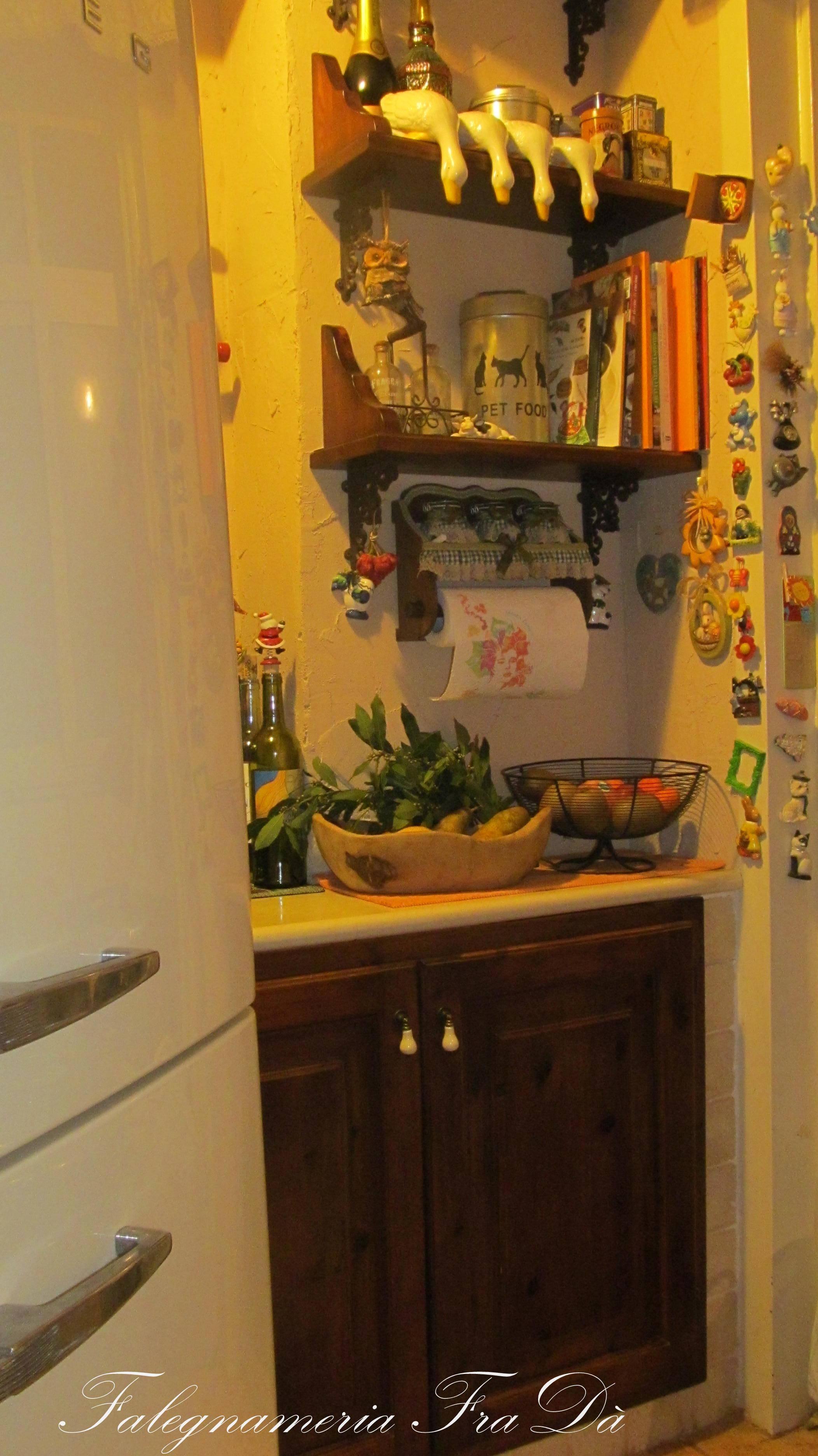 cucina in legno massello particolare