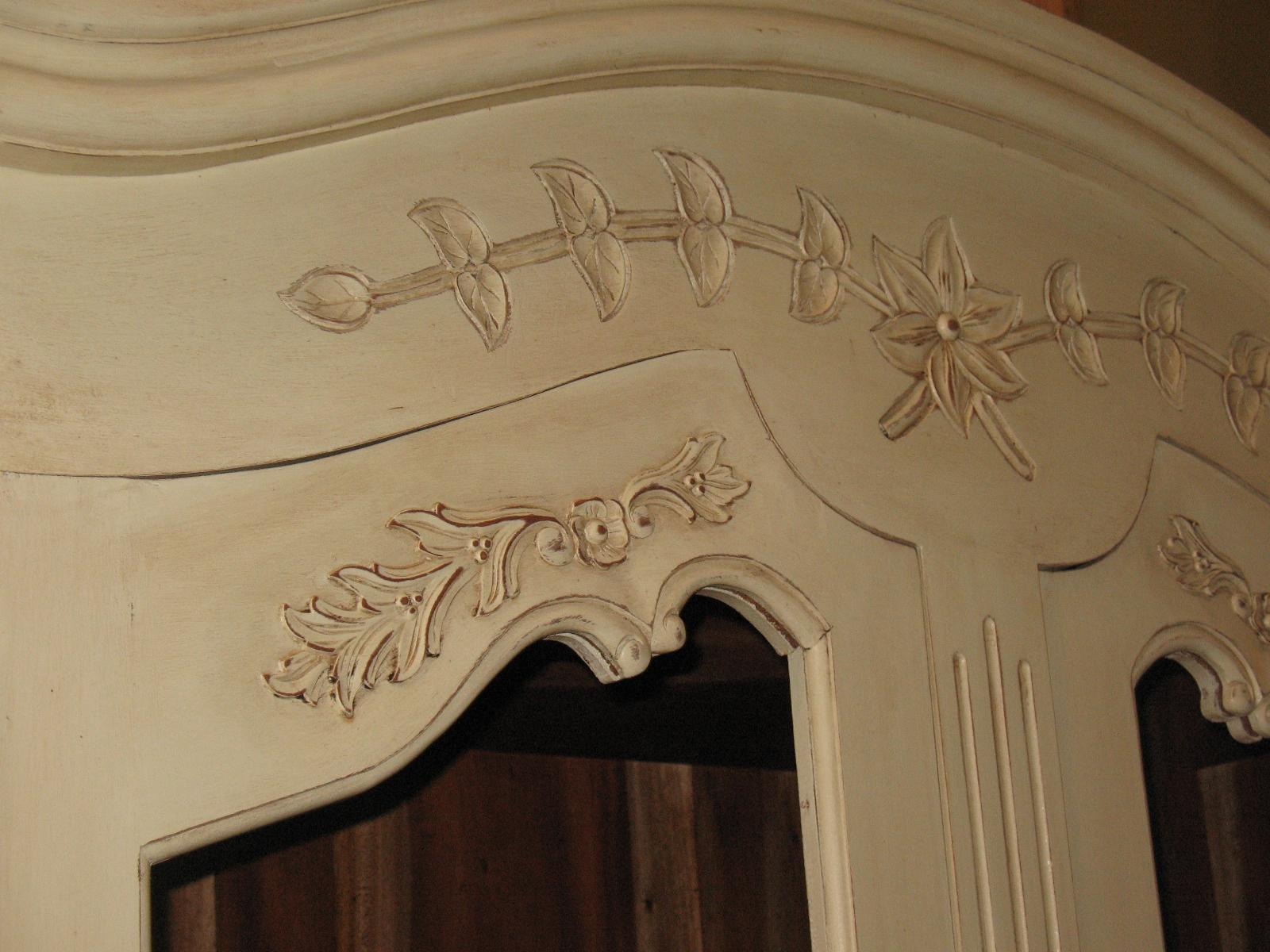 particolare intaglio legno