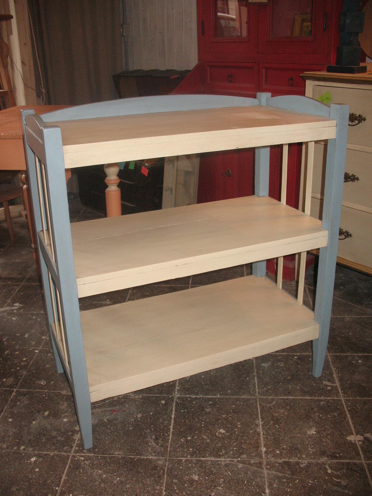 Piccola libreria in legno falegnameria frad falegname for Piccola casetta in legno