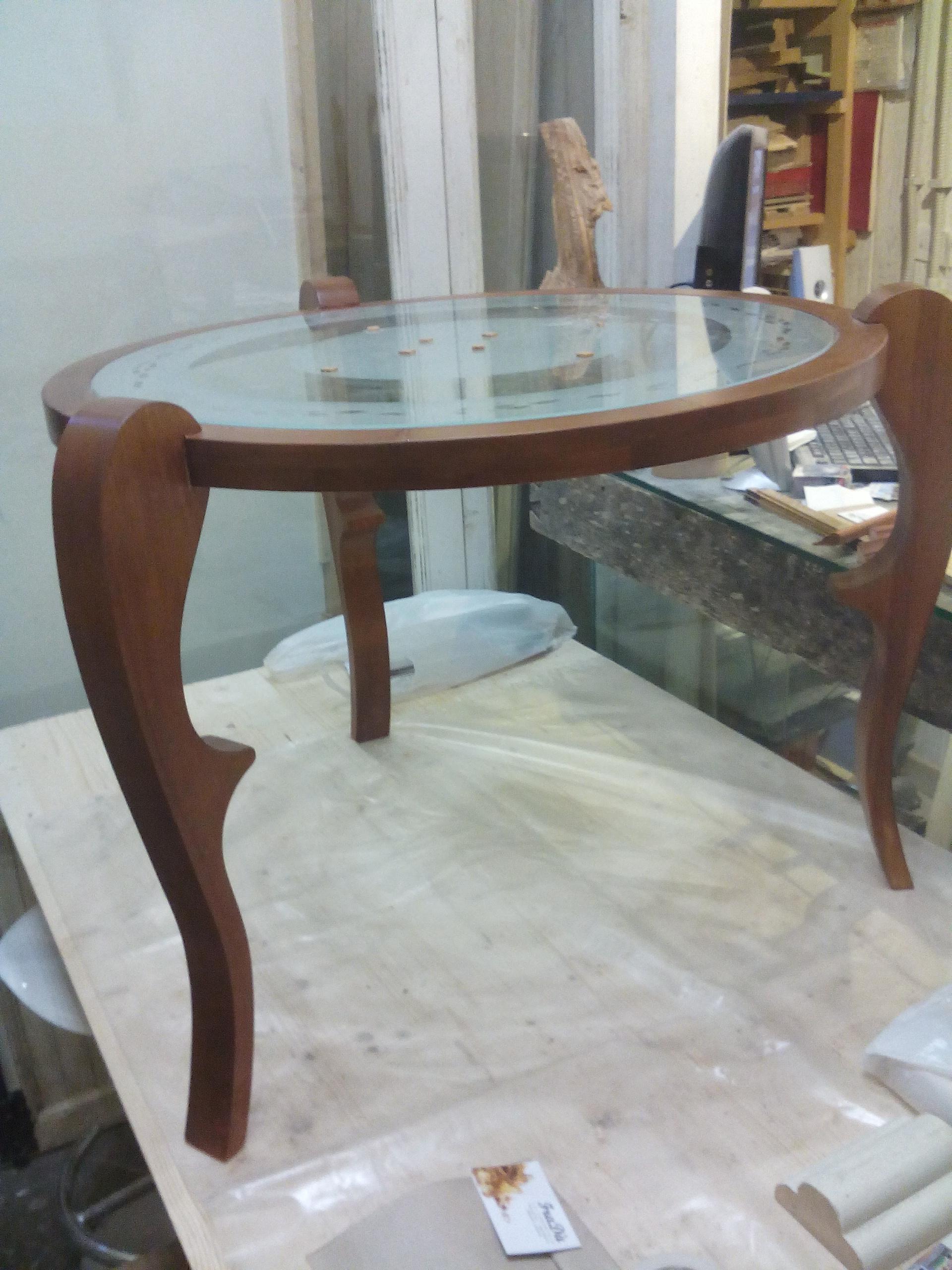 tavolino in legno artigianale
