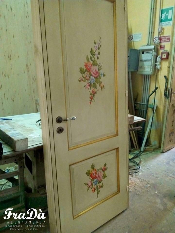 Porte dipinte e decorate a mano - Falegnameria Fradà - falegname a ...
