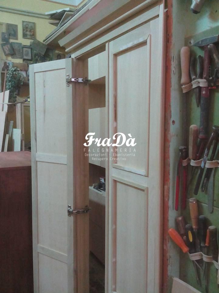 Un armadio prende forma falegnameria frad falegname a for Texas piani casa personalizzati