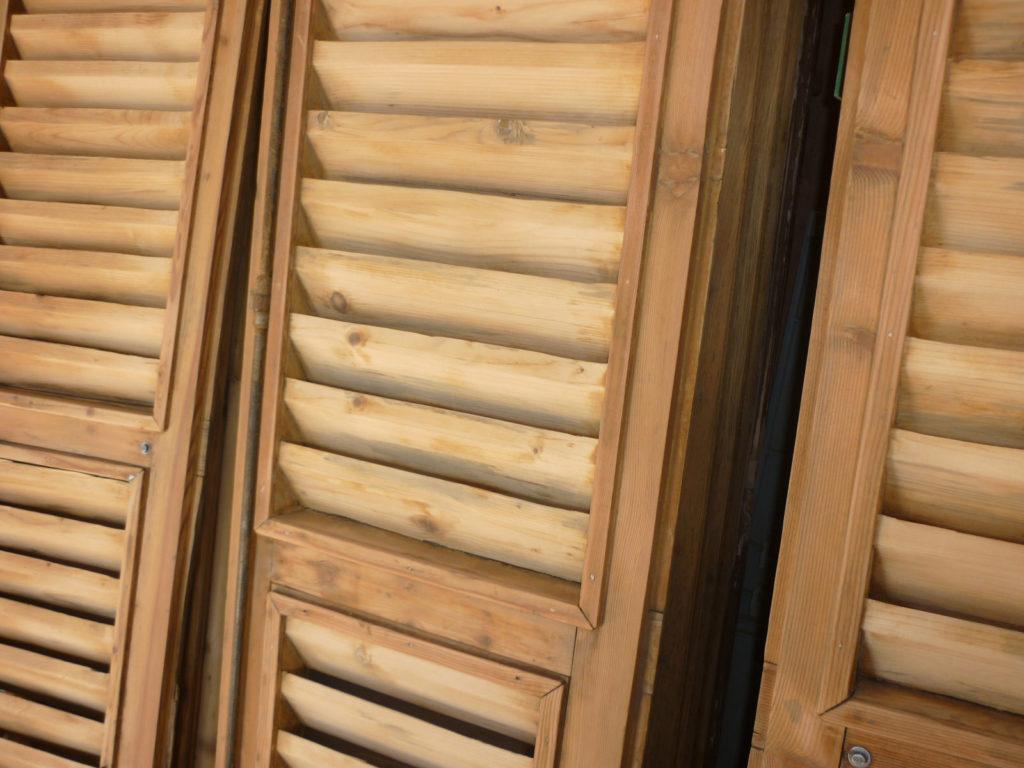sverniciatura legno palermo