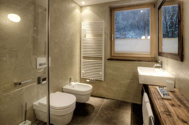 Arredare il bagno con mobili in legno falegnameria frad falegname a palermo - Rivestimento bagno rustico ...