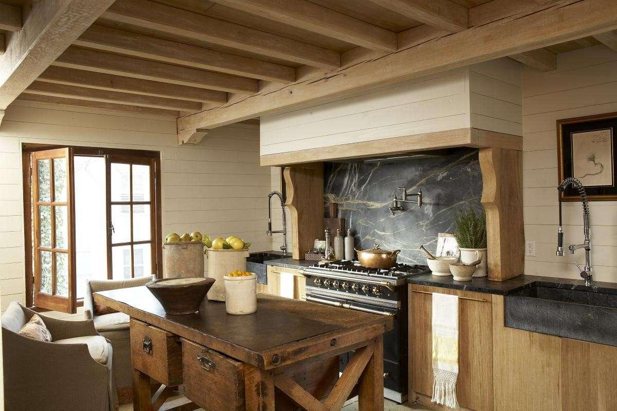 Come arredare una villa in campagna falegnameria frad for Come costruire una villa
