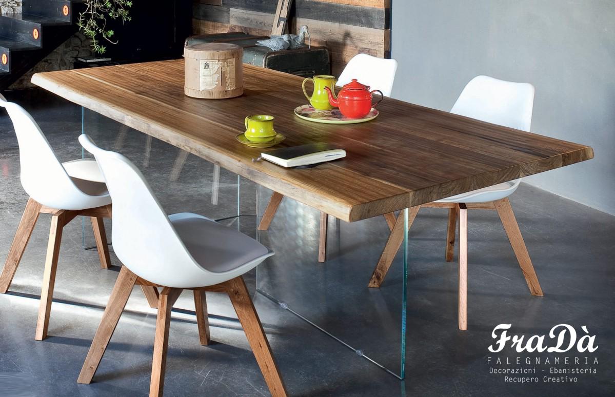Tavolo in legno e vetro falegnameria frad falegname a for Tavolo in legno e vetro