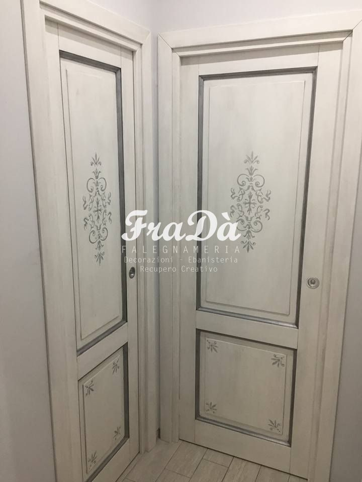 Porte in legno decorate a mano - Falegnameria Fradà ...
