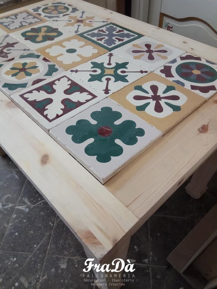Tavolo In Legno Con Piano In Maiolica Falegnameria Frada