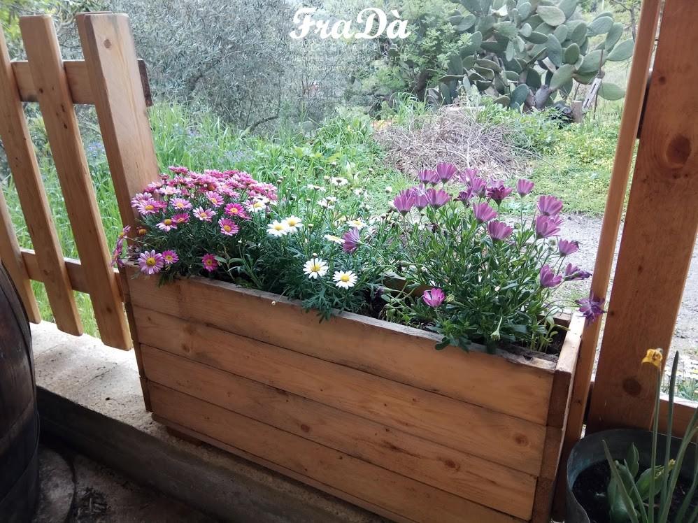 fioriere in legno su misura